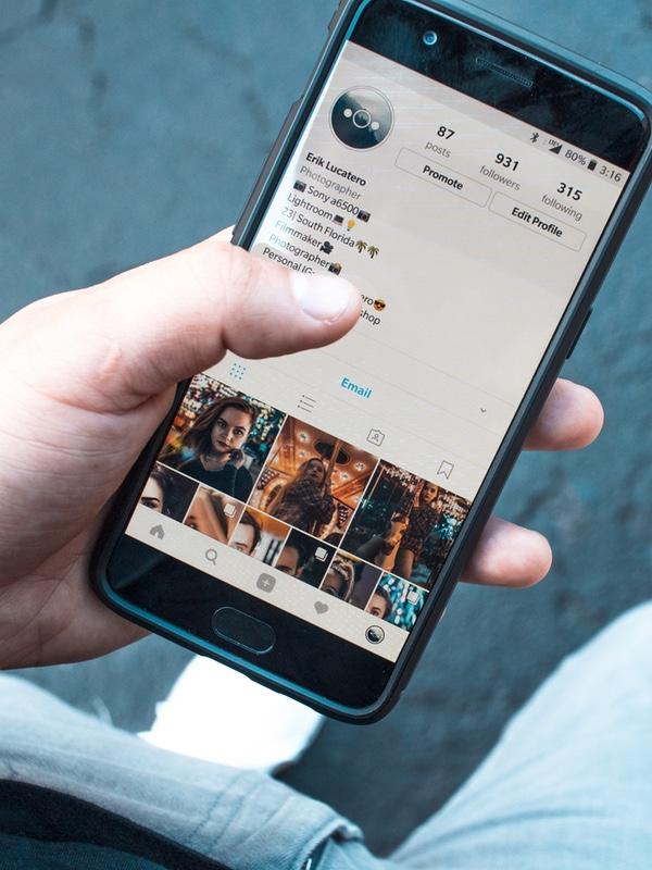 Criação de imagens para Instagram